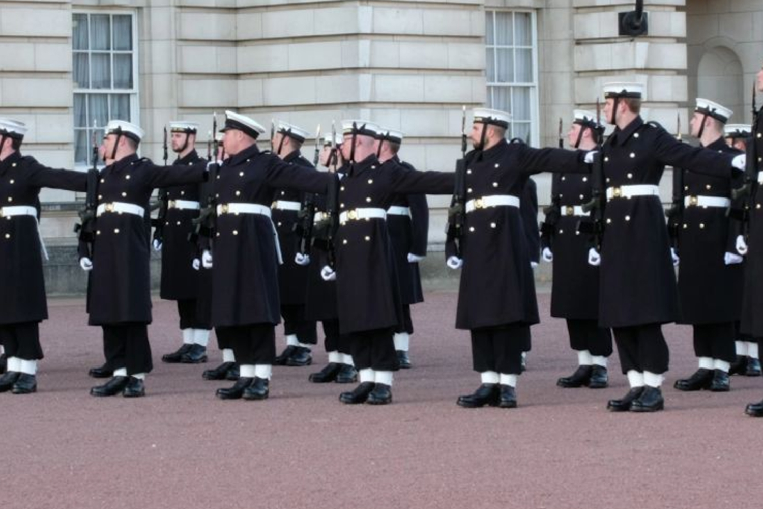 Sailors replace soldiers at royal palaces to celebrate navy