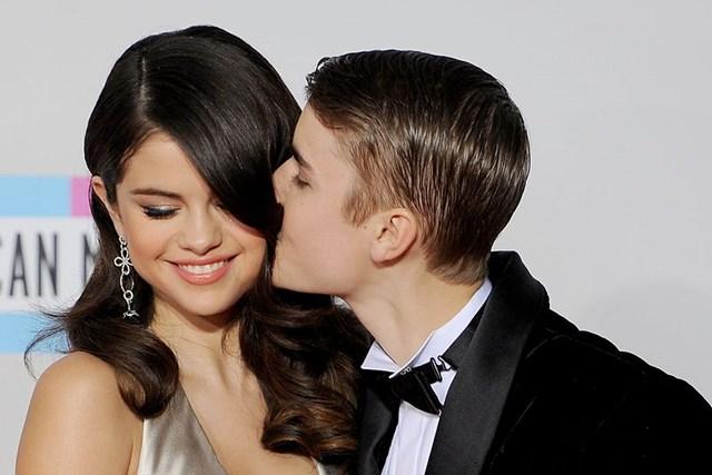 SHOCK: Justin Bieber confesses he's 'still in love