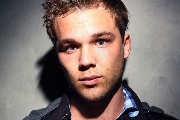 lincoln lewis - photo #5