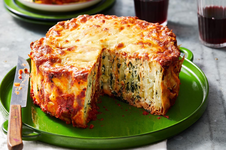 Spinach and Ricotta Roll-Up Lasagne Pie Recipe | New Idea ...