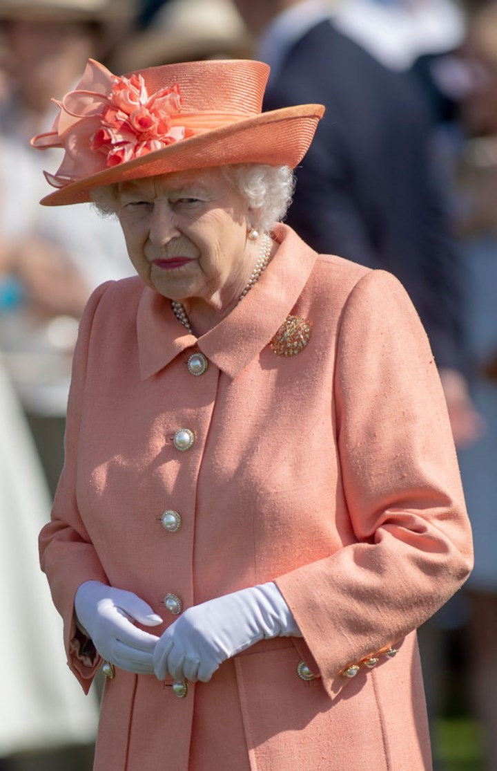Queen's health scare: Palace makes shock move