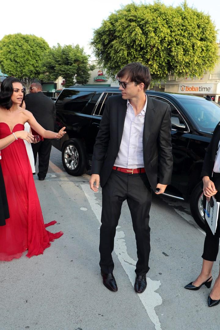 Mila Kunis Ashton Kutcher Dating 2012 gratuit en ligne nous datant