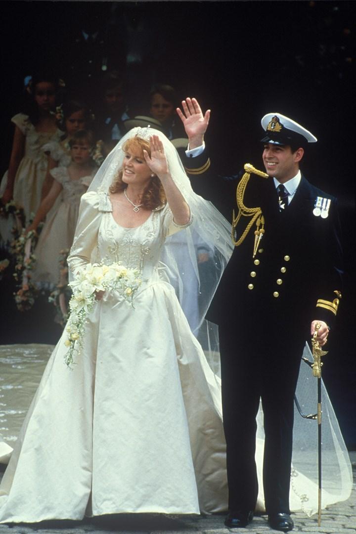 Princess Eugenie S Wedding Dress Compared To Sarah Ferguson S