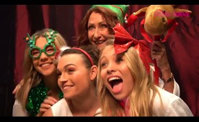 BTS: Home and Away Cast Christmas Photoshoot
