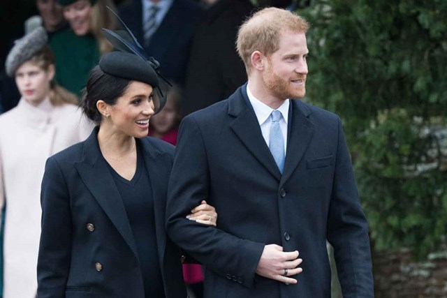 Meghan Markle Christmas.Why Meghan Chose To Wear Knee High Boots This Christmas