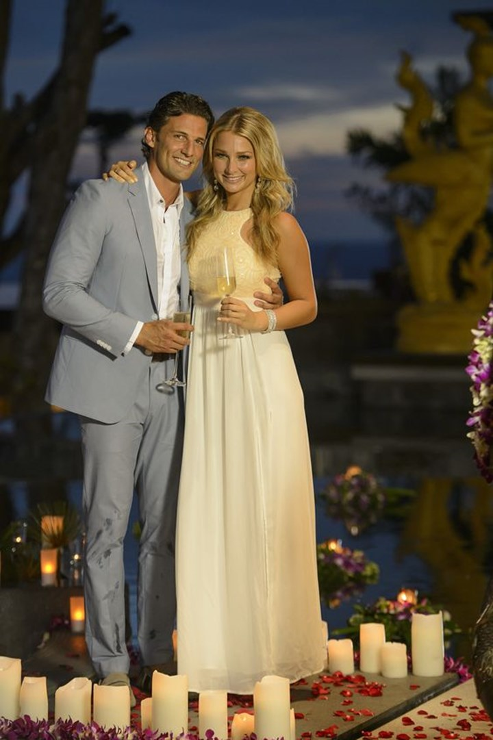 Anna Heinrich Tim Robards What Really Happened On The Bachelor New Idea Magazine