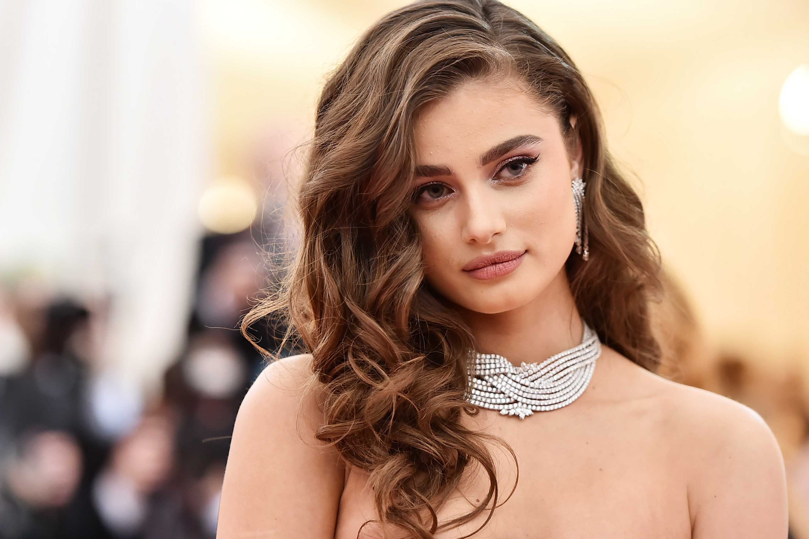 7e4b661bccb4 Victoria's Secret Angel Taylor Hill reveals her number one hair secret
