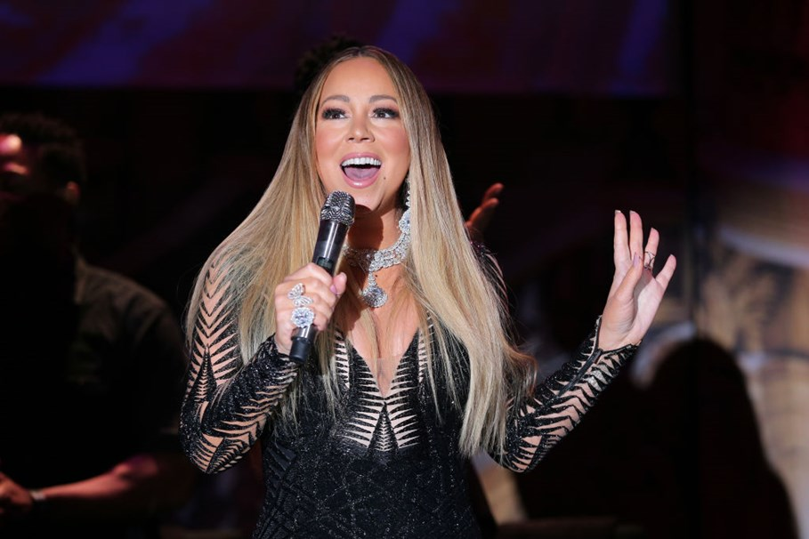 Mariah Carey Background: Age, Nationality, And More