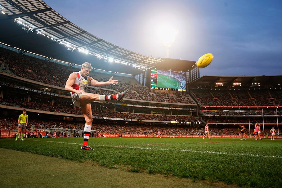 The 9 Hottest AFL Players, And 3 Gorgeous Women Of The AFLW