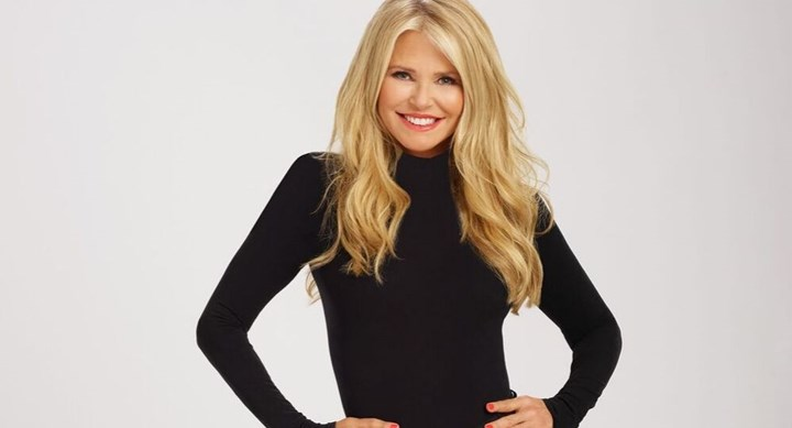 Christie Brinkley broke her arm on DWTS