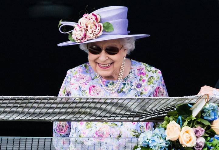 Queen refuses essential operation despite agonising pain