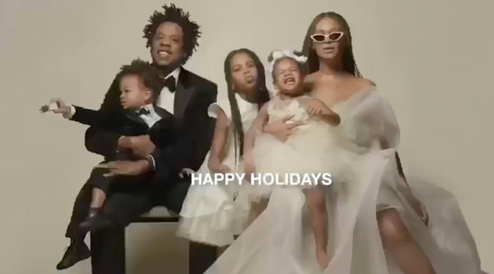 Beyonce Shares Rare Family Photo Featuring Jay Z Blue Ivy And Twins Rumi And Sir New Idea Magazine
