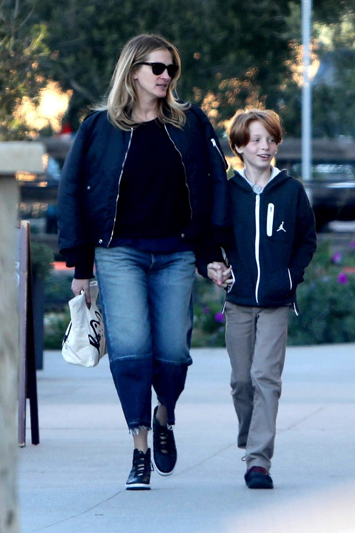 Stressed Julia Roberts Stacks On 20kg Us Report New