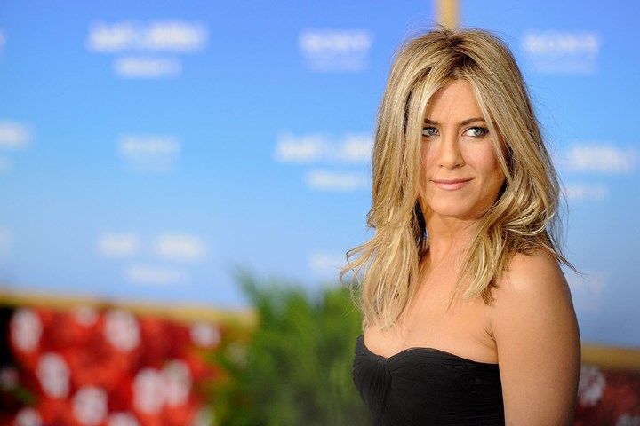 George Clooney and Jen Aniston's 25-year SECRET! George-and-jen-3.jpg?width=720&center=0.0,0