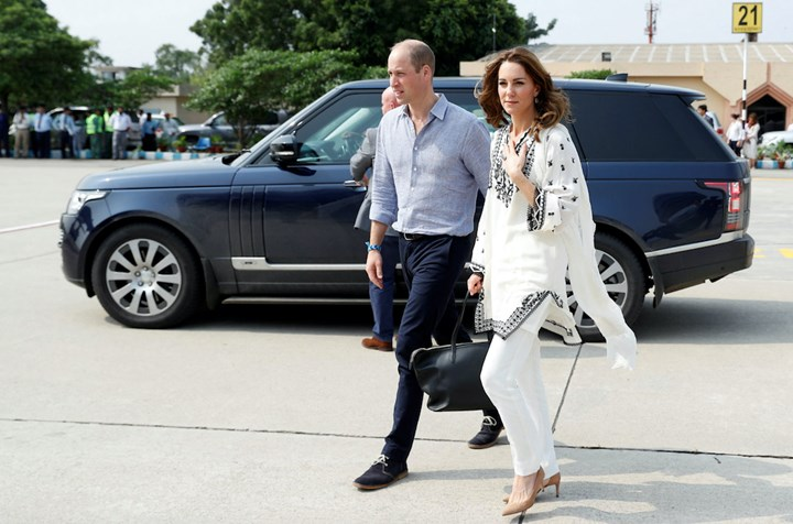 Kate Middleton and Prince William cancel engagement following plane drama