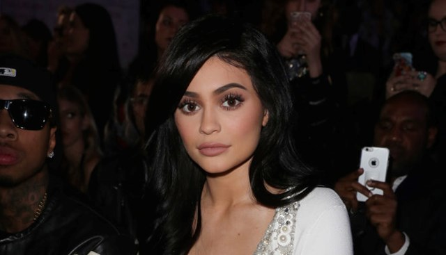 Kylie Jenner's lip emergency: 'She can't drink or talk properly'